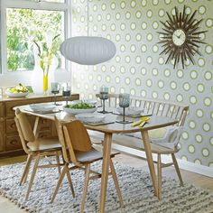 Retro dining room... love the kitchen set, especially the bench. also the hutch