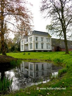 Bellingwolde - Oldambtster boerderij met herenhuis en park  --  www.hollandfoto.net