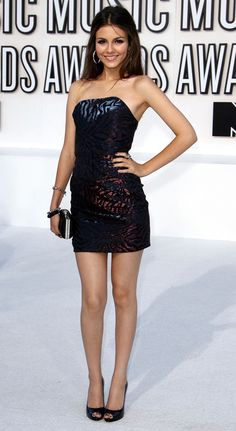 Victoria Justice Talks About Having Great Skin Victoria Justice, Vicky Justice, Corpo Sexy, Sexy Legs And Heels, Mode Chic, Mini Vestidos, Celebs, Celebrities, Sexy Dresses