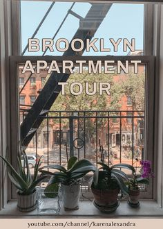 Showing you around my Brooklyn Apartment! I rented this NYC apartment through Airbnb to get settled into the city for the first few months. Also showing you my trick to how I scored such a low price!!   Exposed brick wall, fire escape, views of Empire State Building, Cobble Hill, Brooklyn   youtube.com/channel/karenalexandraIG: @karenalexadra_