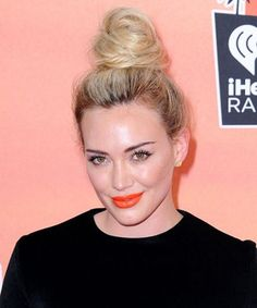 Hilary Duff's new single is here, and it's not QUITE what dreams are made of