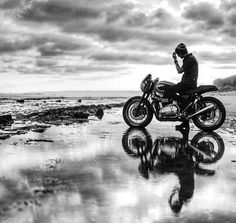 Motorcycle Travel, Cafe Racer Motorcycle, Motorcycle Art, Motorcycle Quotes, Women Motorcycle, Cafe Racer Style, Cafe Racer Girl, Motocross, Biker Photoshoot