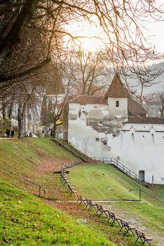 Romania Travel - Fun Things to Do in Romania - Bucket Lists Travel Europe, European Travel, Danube Delta, Brasov Romania, Visit Romania, King City, Romania Travel, Medieval Town, Mountain Resort