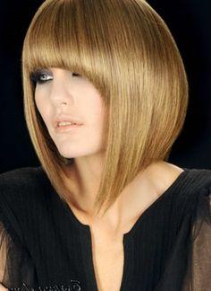 Стрижки для прямых волос средней длины - http://popricheskam.ru/142-strizhki-dlja-prjamyh-volos-srednej-dliny.html. #прически #стрижки #тренды2017 #мода #волосы