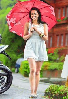 Latest Images of Hot rakul preet singh hd photos in saree and sexy rakul preet singh hd mobile wallpapers for android / iphone Beautiful Girl Photo, Beautiful Girl Indian, Most Beautiful Indian Actress, Bollywood Girls, Bollywood Celebrities, Beautiful Bollywood Actress, Beautiful Actresses, Girl Pictures, Girl Photos