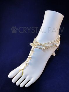 Hey, I found this really awesome Etsy listing at https://www.etsy.com/listing/255744936/golden-chain-and-pearl-beads-foot
