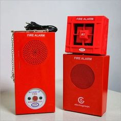 Are you looking for an automatic fire alarm system for your company? So you can buy automatic electronic fire alarm through VIVIDFireSafety which will provide you with good quality products and you can know the product details and specification of automatic fire alarm online. automatic fire alarm system fire alarm system india electronic fire alarm Fire Alarm Sound, Best Alarm, Fire Alarm System, Emergency Lighting, Fire Safety, Steel Material, Signage, Things To Come, Industrial