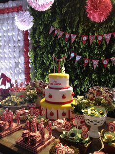 #woodlandforest #woodland #forest #apple #guloseimas #bis #tag #papelaria #cake #mesadobolo
