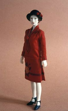 NAME: Esther - PERIOD: Cotton dress trimmed with hand-embroideries. Miniature Figurines, Miniature Dolls, Weird Toys, Doll Display, Paperclay, Barbie Collection, Dollhouse Dolls, Beautiful Dolls, Fashion Dolls