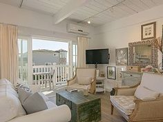Gorgeous Studio in the Heart of Carlsbad Village-100 Yards from Beach w/views!. Gorgeous coastal studio located in the heart of Carlsbad Village. Watch the ...