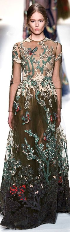 bordado artista Valentino Fall 2014
