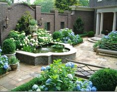 Nothing like having your own personal garden oasis with a built-in fountain, YES PLEASE!! #awesome