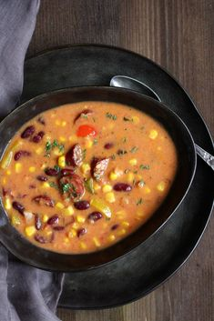 Hello your loves Kabanossi soup has a sore - Keto Snacks Ideas Bean Recipes, Sausage Recipes, Vegetarian Recipes, Best Sausage, Italian Sausage Soup, Healthy Vegan Breakfast, The Last Meal, Party Finger Foods, Frijoles