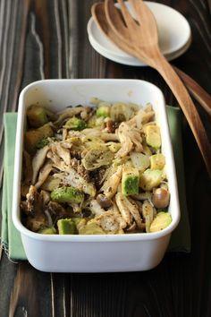 アボカドきのこの作りおきサラダ by 高橋善郎 / めんつゆを使用した温かくても冷たくてもおいしい作り置きサラダ。多忙な方にも、野菜不足の方、ダイエット中の方にもオススメなヘルシーなサラダとなっております。パンにのせたり、パスタに和えてもおいしいです。作り置きをもっとたくさんしたい方は二倍料で作っていただくのがおすすめ。 / Nadia