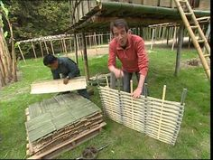 Bamboo Building, Natural Building, Bamboo Garden, Bamboo Fence, Garden Huts, Bamboo House Design, Bamboo Panels, Bamboo Structure, Bamboo Construction