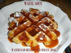 PANNEKOEK/ PLAATKOEKIES/WAFELS/JAFFELS Waffles, Pancakes, Sauce Recipes, Drink Recipes, South African Recipes, Eating Well, Fudge, Sweet Tooth, Recipies