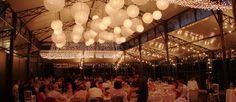 Mise en scène et décoration de mariage sous tente cristal...