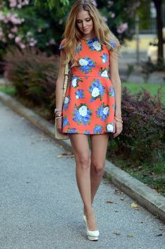 TheBlondeSalad  Looove her dress ♥