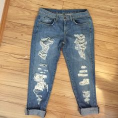 Car Mar Lace Rip Boyfriend Jeans Perfect Pair of BRAND NEW Carmar boyfriend jeans with lace detailed rips, Size 26 , Sold at LF- Cuffs at the bottom can be uncuffed. Lace is ripped in right knee, shown in picture, can also fit a size 27, runs oversize LF Jeans Boyfriend