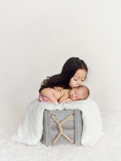 Sibling Newborn Photos Los Angeles