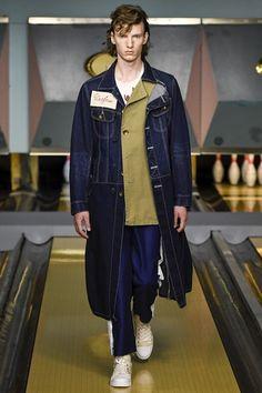Catwalk photos and all the looks from Maison Mihara Yasuhiro Spring/Summer 2017 Menswear London Fashion Week