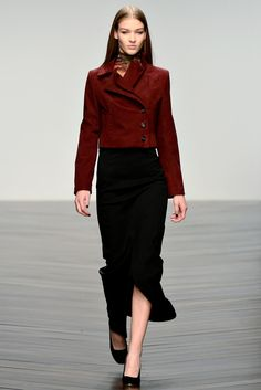Daks Fall 2013 Ready-to-Wear Collection Photos - Vogue