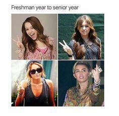 freshman year to senior year lmao Funny As Hell, Funny Cute, Hilarious, Funny Stuff, Stupid Stuff, Freshmen Vs Seniors, High School Memes, Laughing So Hard, Xmas