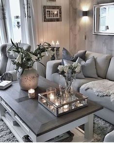 Neutral colored scheme with chic decor creating this chic design