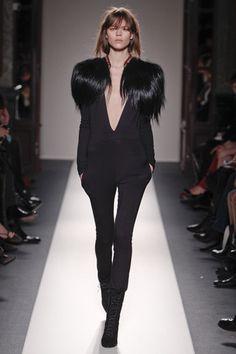 Fotos de Pasarela | Balmain Otoño invierno 2011/2012 París | 2 de 40 | Vogue