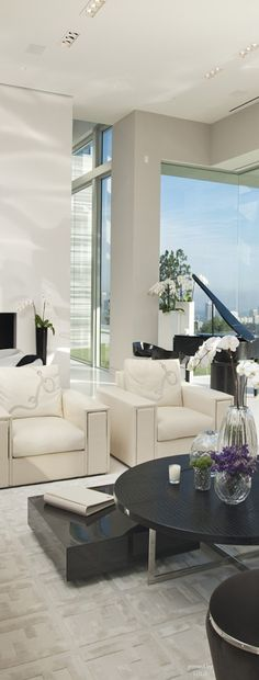 McClean Designs / penthouse style via Barbara Fink