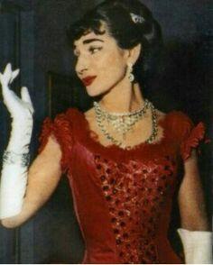 Maria Callas na ópera La Traviata. Teatro Scala de Milão em 1955.