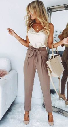 Outfit Chic, Chic Outfits, Fashion Outfits, Fashion Clothes, Woman Outfits, Preppy Outfits, Dress Fashion, Dress Outfits, Cute Spring Outfits
