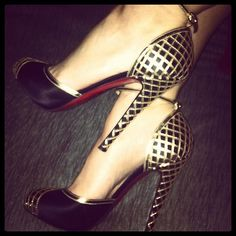 These Louboutin heels are to DIE for. wow.