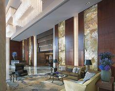 Au sommet du plus haut gratte-ciel d'Europe, le groupe hôtelier Shangri-La a conçu une bulle de luxe zen dont les vues sur Londres, époustouflantes, n'ont pas de prix.