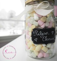 Candy jar with surprise inside Candy Jars, Candy Buffet, Christmas 2019, Christmas Gifts, Some Ideas, Kids And Parenting, Diy Gifts, Diy And Crafts, Mason Jars