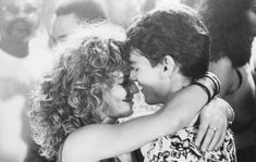 Al time fav movie! Still of Tom Cruise and Elisabeth Shue in Cocktail Cocktail 1988, Cocktail Movie, Cocktail Sauce, Cocktail Shaker, Home Workout Videos, Workout Songs, Tom Cruise, Elisabeth Shue Cocktail, Image Film