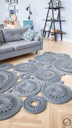 Cheap Non Slip Carpet Runners Rihanna Red Carpet, Selena Gomez Red Carpet, Celebrity Red Carpet, Star Magic Ball Gowns, Bella Hadid Red Carpet, Short Red Hair, Taylor Swift Red, Deco Boheme, Free To Use Images