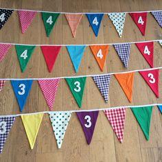 24 meter aan #vlaggetjes! Peuters en kleuters kunnen hun #bday gaan vieren op de #kinderopvang! #mevrouwtjesheeren