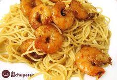 Espaguetis con langostinos, ajo y guindilla. - Recetasderechupete.com