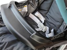 Graco DuoGlider Child Tray  Review: http://bestqualitystrollers.com/graco-duoglider-click-connect-stroller-review/