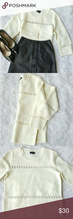 The Limited Light Sweater Cream Light weight Sweater The Limited Sweaters