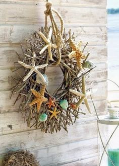Twig wreath with rope and starfish.