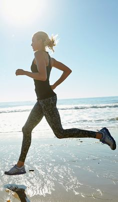 Love to take a run in the summer on the beach womens motivation inspiration running fitspiration running cardio muscle fitness health training style menswear womenswear fashion bayse luxe activewear Fitness Workouts, Fitness Apps, Beach Workouts, Sport Fitness, Running Workouts, Muscle Fitness, Fun Workouts, Fitness Style, Phil Jones