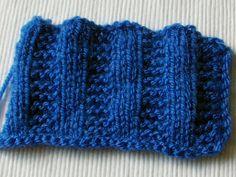 Trochę inny ściągacz na drutach Fingerless Gloves, Arm Warmers, Stitch, Crochet, Diy, Accessories, Fingerless Mitts, Full Stop, Bricolage