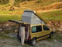 compact mini camping-car