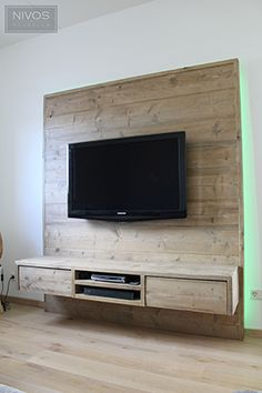 wandmeubel Mauritius – Nivos – Anime pictures to hairstyles Pallet Walls, Pallet Furniture, Tv Wanddekor, Tv Feature Wall, Tv Wall Cabinets, Rack Tv, Tv Wall Decor, Tv Wall Design, Living Room Tv