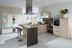 Mia Wildblood's House: 5 Tricks For Your Kitchen Looks Wider