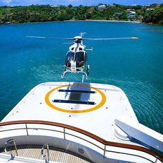 Time for take off! Photo by @edmistonyachts #ec135 #yachtinglifestyle