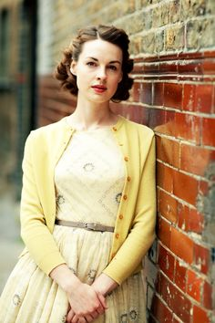 jenny lee Call of the Midwife... I love the way she dresses in this show