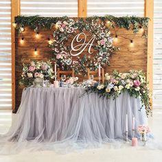 Monogrammed Wreaths #weddingwreaths #wreath